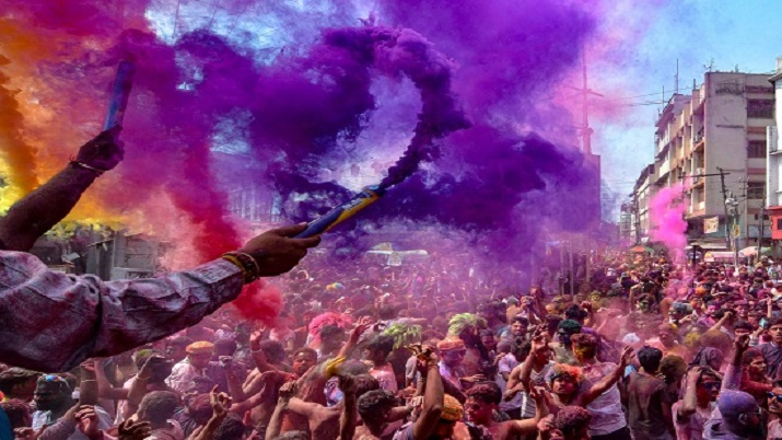 Holi celebrations banned in Pune amid rise in COVID-19 cases