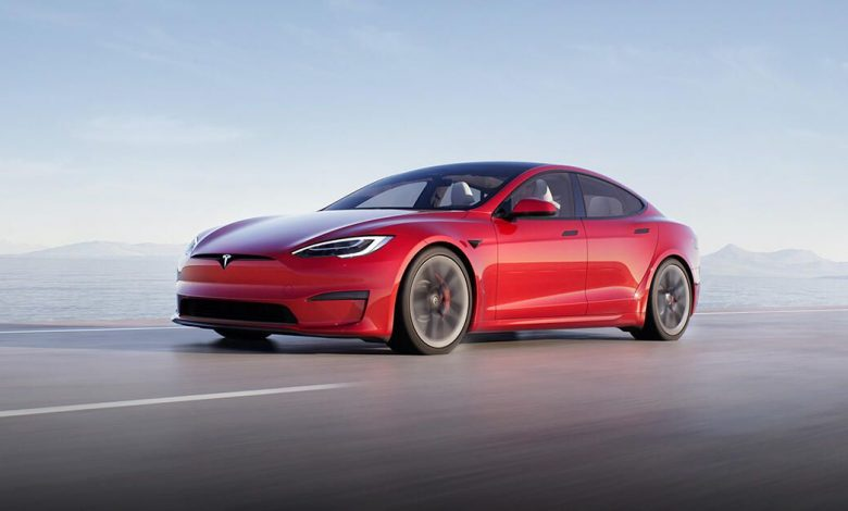 Tesla is double-billing some customers for their cars, report says