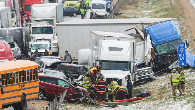 1 dead after traffic pileup on Wisconsin Interstate 41 amid snowstorm
