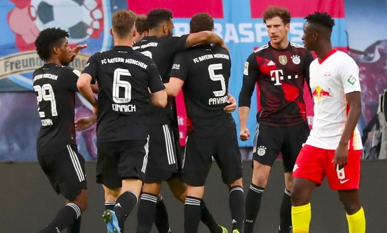 Bayern gut out win, Valencia walk off over racism, Liverpool step up, PSG slump, Liga title race wide open