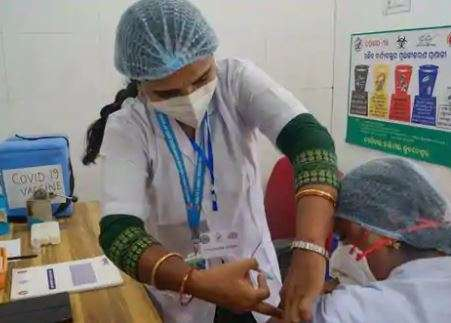 India may begin COVID vaccination at workplaces from April