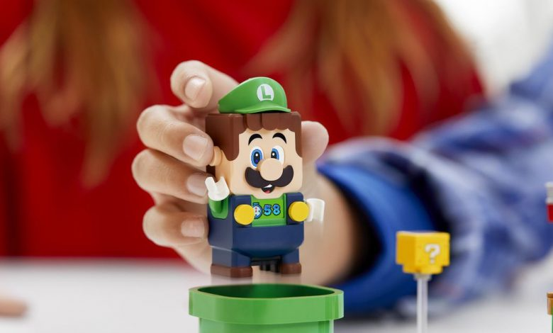 Lego Luigi is joining Mario for buildable adventures