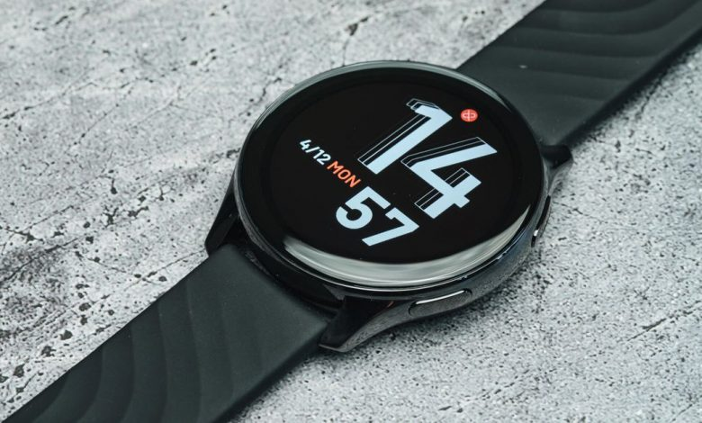 OnePlus Watch Review: Good hardware plagued by bad software