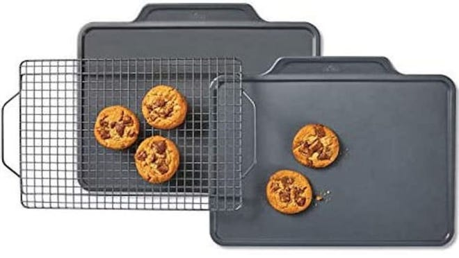 The right bakeware can seriously enhance your culinary experience, and plenty of pieces are deeply discounted right now.