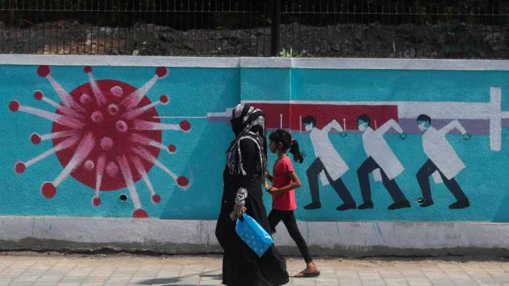 3rd wave possible if vaccination not ramped up, COVID norms
