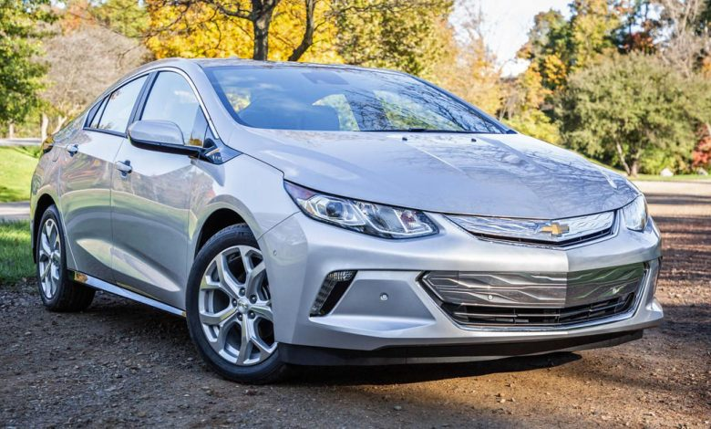 California ban on gas-powered cars would rewrite plug-in hybrid rules