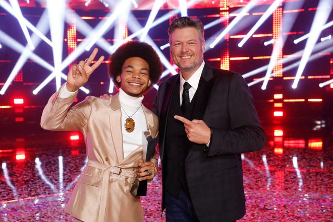 """Seaosn 20 """"The Voice"""" champion Cam Anthony poses with winning coach Blake Shelton."""