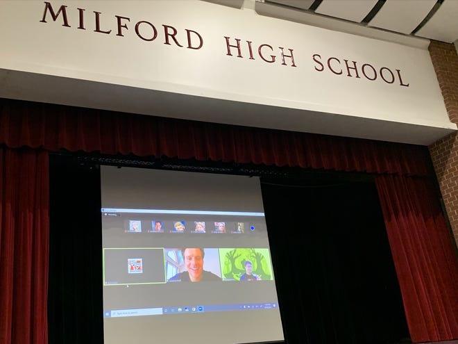 Jonathan Groff makes Zoom appearance at Milford High School