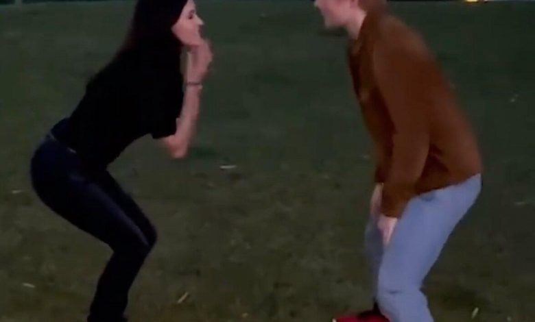 Courteney Cox and Ed Sheeran Hilariously Recreate Ross and Monica's Dance Routine from 'Friends'