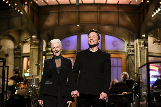 """""""Saturday Night Live"""" host Elon Musk brought out his mother, Maye, during his monologue."""