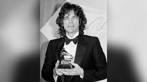 """B.J. Thomas, the Grammy-winning singer who had singles including """"I Just Can't Help Believing,"""" """"Raindrops Keep Fallin' On My Head,"""" and """"Hooked on a Feeling"""" on the mainstream, country, and gospel charts, has died"""