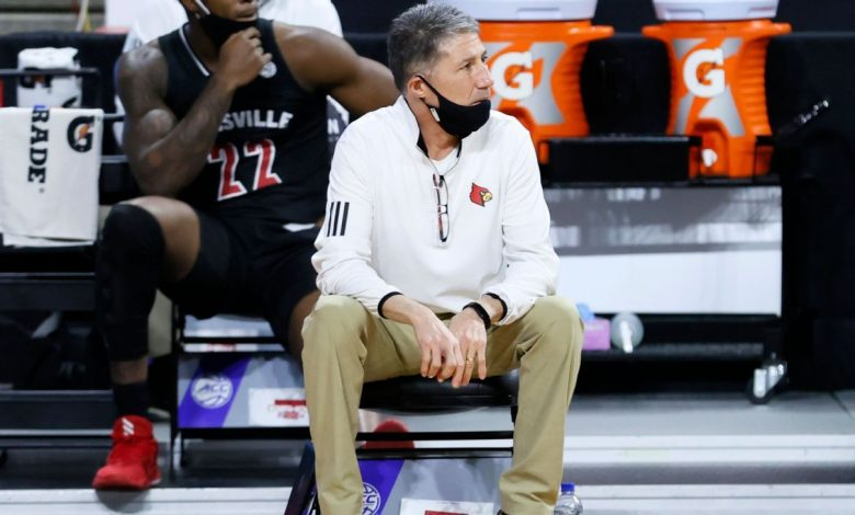 Former Louisville basketball assistant coach Dino Gaudio federally charged for attempt to extort program