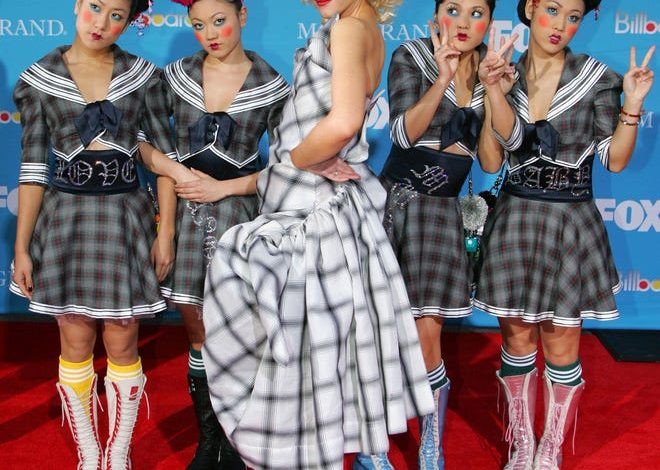 Gwen Stefani poses with the Harajuku Girls on the red carpet during The 2004 Billboard Music Awards Wednesday, Dec. 8, 2004 in Las Vegas.