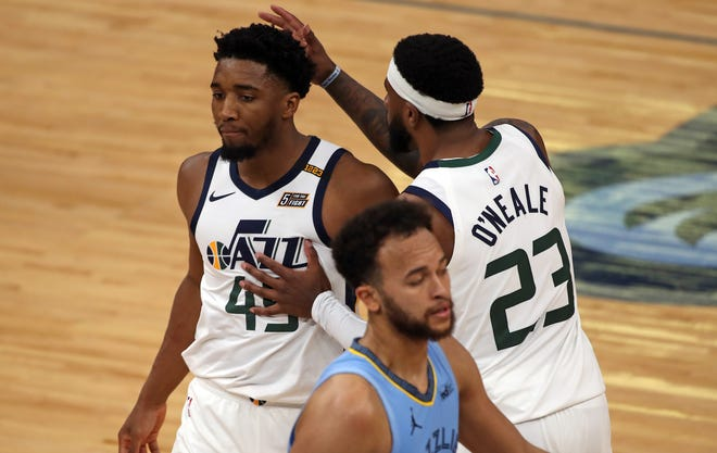 Donovan Mitchell (45) scored a game-high 29 points for the Jazz.
