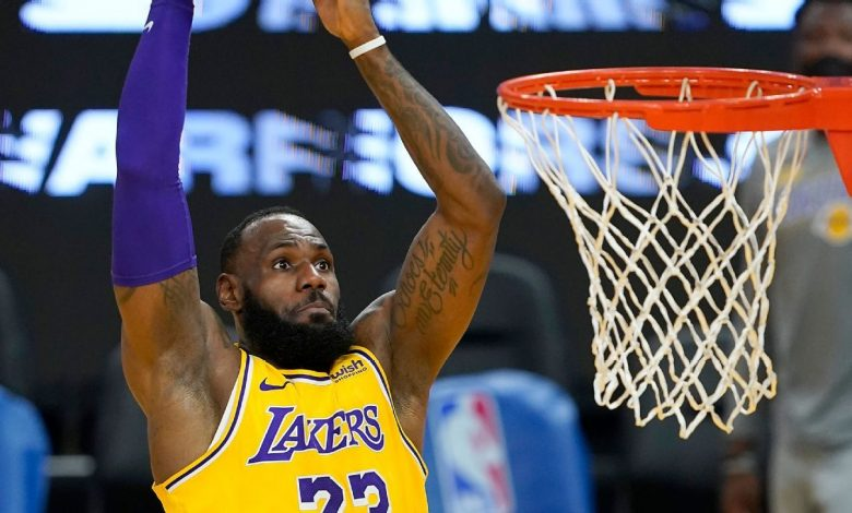 Los Angeles Lakers' LeBron James to sit out Monday night to rest sore ankle