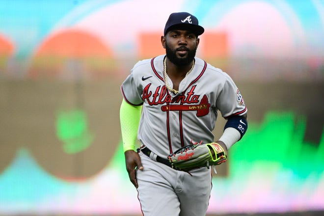 Atlanta Braves outfielder Marcell Ozuna was arrested Saturday on charges of aggravated assault strangulation and misdemeanor family violence.