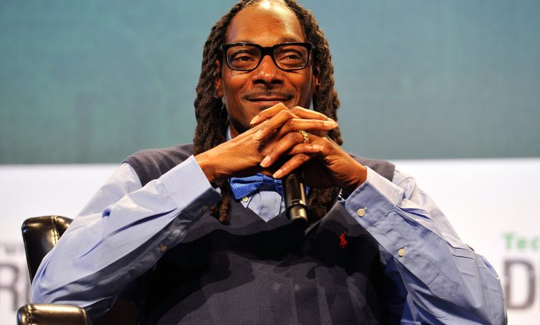 Medical cannabis firm backed by Snoop Dogg begins trading in London