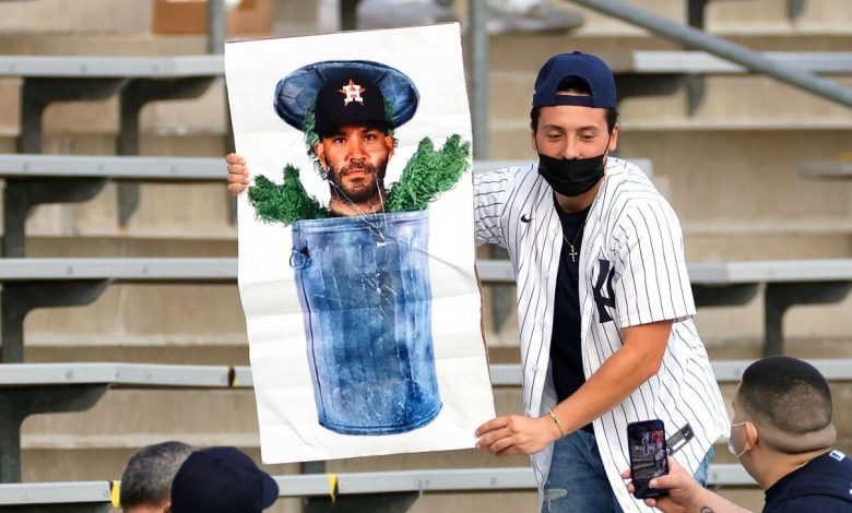 New York Yankees fans bring inflatable trash cans, costumes and more in first chance to boo Houston Astros