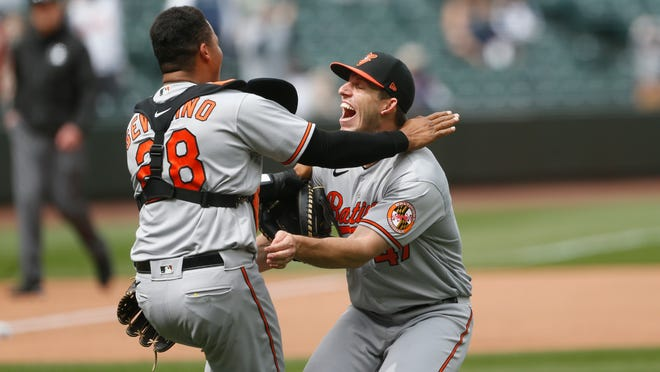 Orioles' John Means throws no-hitter vs. Mariners, Baltimore's first since 1991