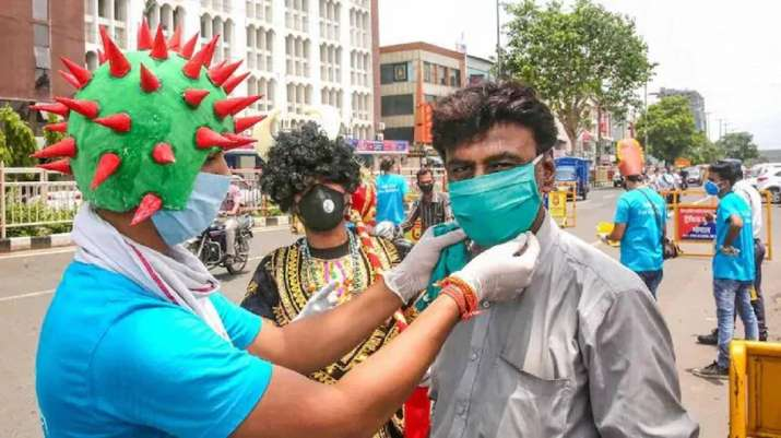 Study shows 50% people still do not wear masks, says Health