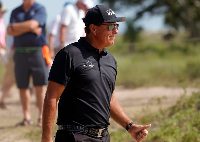 Phil Mickelson leads the PGA Championship after three rounds.