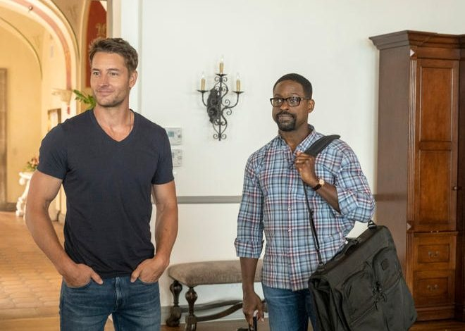 """Kevin Pearson (Justin Hartley), left, seen with brother Randall (Sterling K. Brown), becomes a detail-obsesses Groomzilla on his wedding day in the Season 5 finale of NBC's """"This Is Us."""""""
