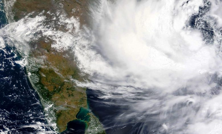 Thousands evacuated in India as strong cyclone inches closer