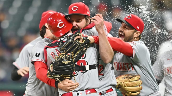 Wade Miley throws no-hitter as Cincinnati Reds blank Cleveland