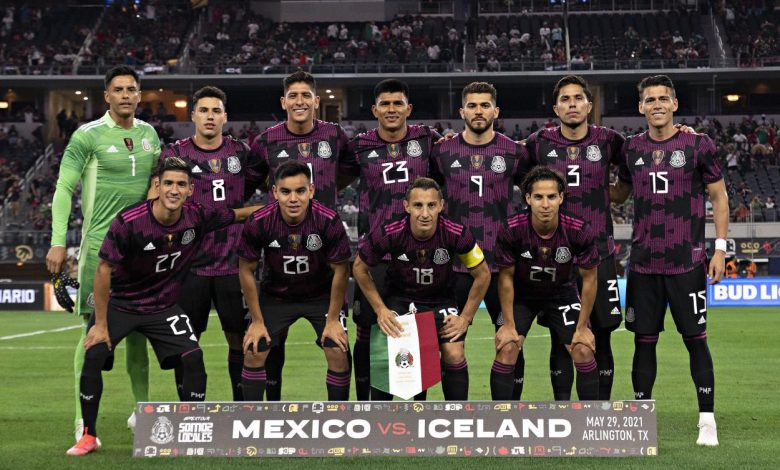 Mexico pulled off the upset and defeated Iceland in their first game in the United States in over a year, thanks to a brace from Hirving Lozano.
