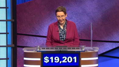 'Jeopardy!' fans freak out when champ reveals that she predicted her winning dollar amount