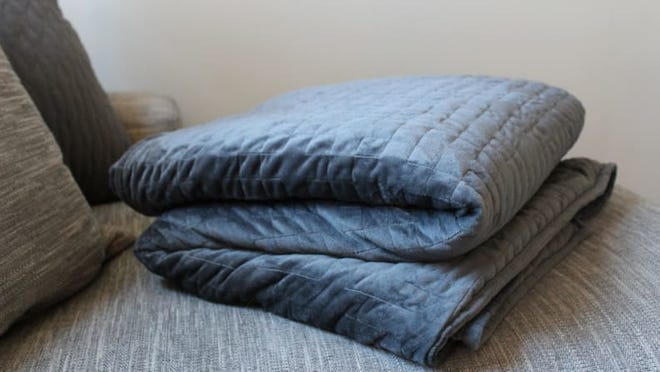 Best Father's Day Gifts: Gravity Weighted Blanket