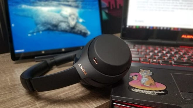 Best Father's Day Gift: A pair of Sonynoise-canceling headphones