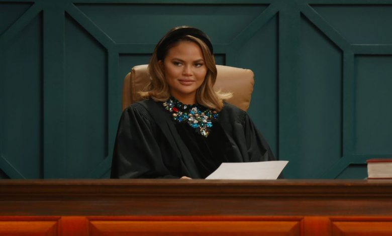 Chrissy Teigen apologizes for 'horrible' tweets, being a 'troll'