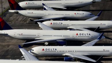 Delta plans to hire more than 1,000 pilots by next summer as travel demand surges
