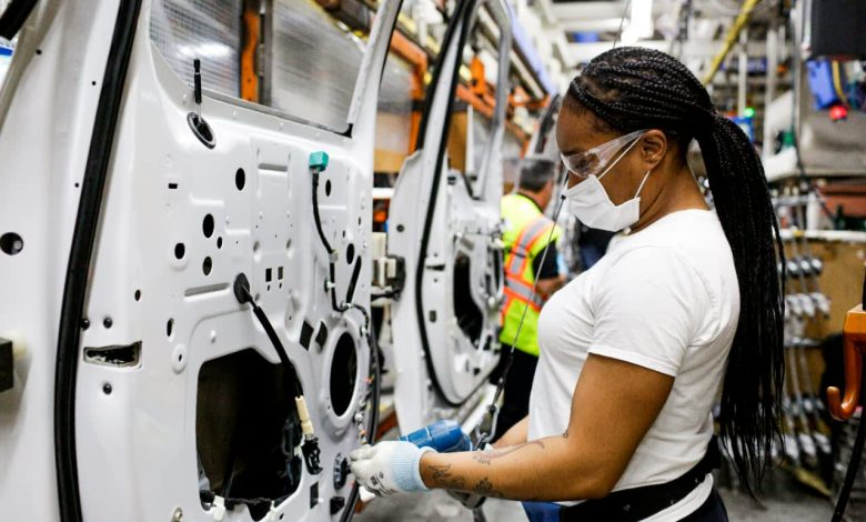 Detroit automakers lift mask mandates for fully vaccinated workers