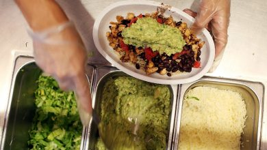 Falling avocado shipments could hurt Chipotle's margins, analyst says