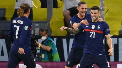 France's stars rolled up their sleeves to beat Germany. Here's what else we learned from first round of games