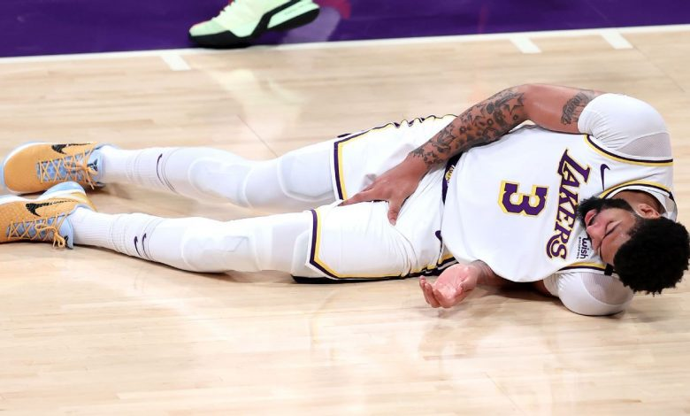 Groin injury leaves Los Angeles Lakers forward Anthony Davis questionable for Game 5 vs. Phoenix Suns