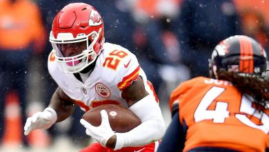 Le'Veon Bell says he'd retire before playing for Kansas City Chiefs coach Andy Reid in social media post