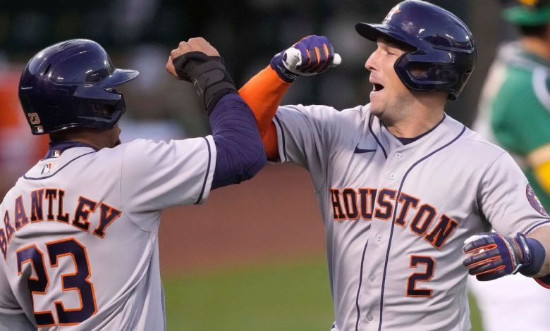 Mattress Mack bets $3.35 million on Astros for latest promotion