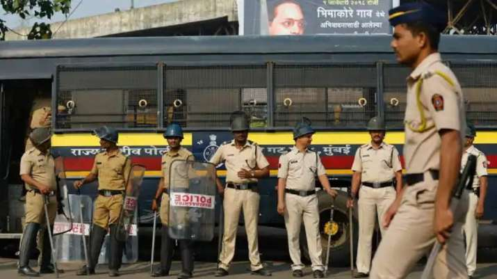 Mumbai: Over 400 fake voter ID cards seized from flat in