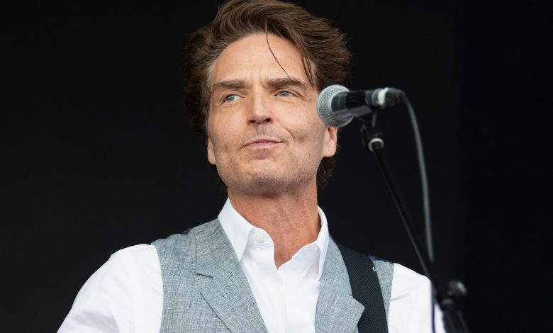 Richard Marx has many great 'Stories to Tell' — and one big Twitter controversy he'd like to clear up