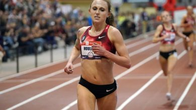 Shelby Houlihan wins the women's 3,000-meter race in 8:52.03 during the USATF Indoor Championships at Albuquerque Convention Center on Feb. 14, 2020.