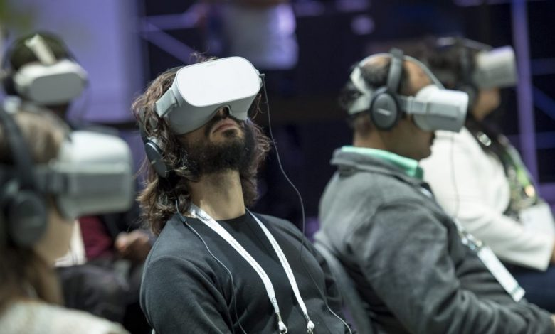 Some cracks are showing in Facebook's virtual reality armor