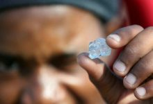 South Africa gems that sparked rush are quartz not diamonds