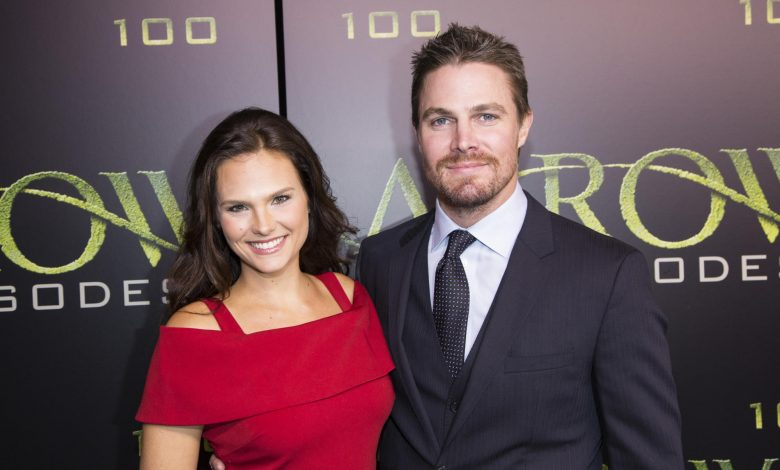 Stephen Amell kicked off flight after argument with wife