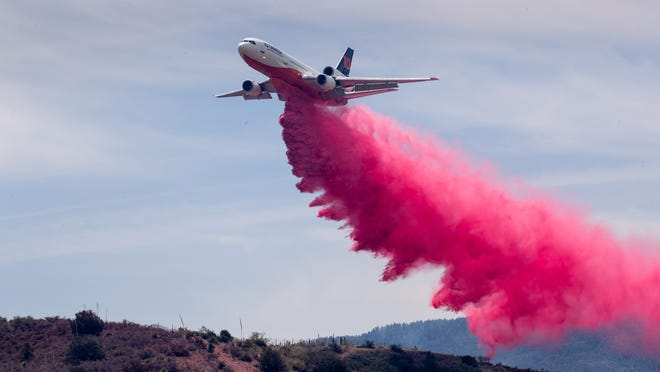 Telegraph Fire continues to rage in Arizona; Mescal Fire 8% contained