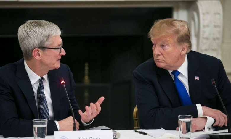 Trump officials reportedly seized Apple records in leak probe