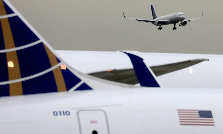 United offers flight attendants, pilots extra pay for proof of Covid vaccination