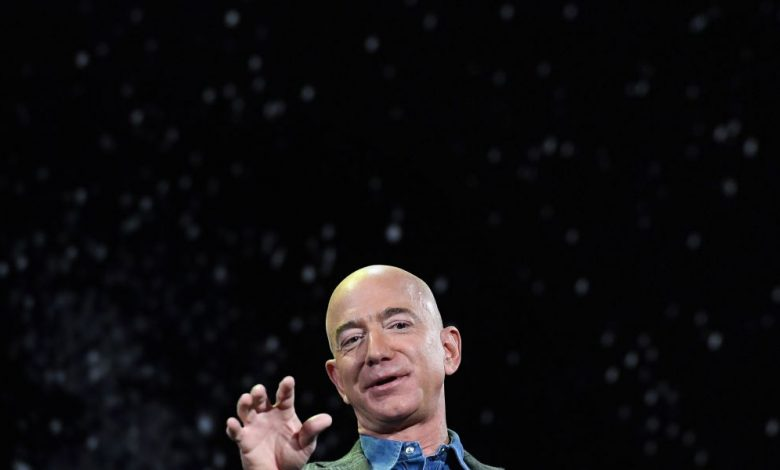 Who paid $28 million for 11 minutes in heaven with Jeff Bezos?